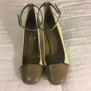 TORY BURCH AUTHENTIC PATENT LEATHER HEELS